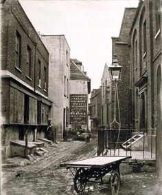 Fore Street Lambeth 1800s - I read the early 1900s Cockney London books by Mary Jane Staples (I think that was a pen name for Reg Staples???) and love them. This reminded me