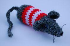 Irresistible Crochet a Doll Ideas. Radiant Crochet a Doll Ideas. Crochet Toys Patterns, Amigurumi Patterns, Stuffed Toys Patterns, Crochet Ideas, Crochet Beard, Rat Dog, Crochet Fashion, Cute Crochet, Crochet Animals
