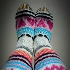 Cutest Knitted DIY: FREE Pattern for long knitted wool socks! Sukkakori, Wool Socks, värikkäät villasukat, knitting, knee highs, 7 veljestä, polvisukat, knee, colorfull, ideas Ohjeet saatavilla suomeksi! Instructions in finnish!