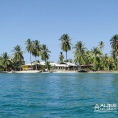 Carenero a solo 5 minutos de isla Colón.  Careening Cay a five minutes ride from Colon island.  Bocas del Toro Panamá  #Bocas  #Caribe #caribbean  #Panamá
