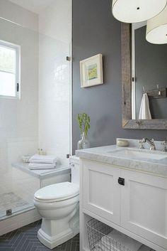 Fresh small master bathroom remodel ideas on a budget (8)
