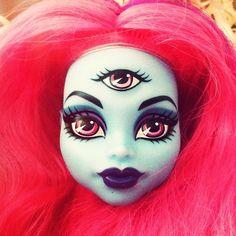 On my desk. On my desk. Gala Darling, Medium Hair Styles, Halloween Face Makeup, Hair Color, Desk, Colorful Hair, Haircolor, Desktop, Colored Hair