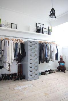 13 garderob, urządzonych w praktyczny sposób