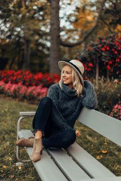 Fashion blogger Jonna Leppänen wears the stylish Balmuir Cremona felt hat on a beautiful autumn day.  Balmuir, hat, fashion, fall fashion, autumn, style, autumn look book Autumn Style, Felt Hat, Cardigans, Sweaters, Autumn Day, Fall Looks, Fashion Fall, Warm And Cozy, Winter Hats