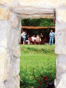 Káli Art Inn - Itt tartózkodása igazi nyaralás Hungary, Gazebo, Outdoor Structures, Travel, Art, Art Background, Kiosk, Viajes, Kunst