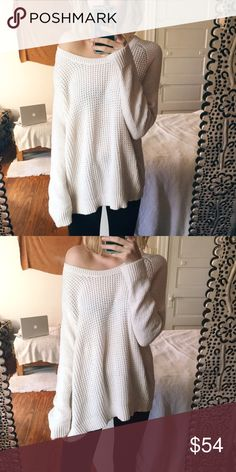LOFT Natalie Sweater This super soft piece has only been worn a few times + has no pulls. I would say this fits small or medium best. I'm 5'3 for height reference! Offers welcome. Tags: same day shipping LOFT Sweaters Crew & Scoop Necks