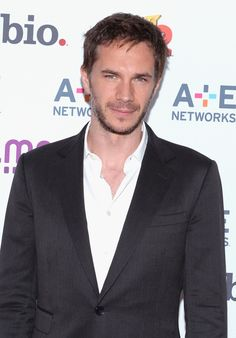 James D'Arcy Photos - James D'arcy attends the A+E Networks 2013 Upfront on May 2013 in New York City. - Arrivals at the A+E Networks Upfront Event in NYC British Boys, British Actors, Actors Funny, Homicide Detective, James D'arcy, Actors Male, American Crime, Agent Carter, Famous Men