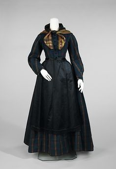 Danish everyday ensemble, 1830-50, plaid wool, cotton, silk (NB the apron)