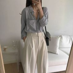 Korean Street Fashion, Asian Fashion, Look Fashion, Fashion Outfits, 80s Fashion, French Fashion, Fashion Pants, Girl Fashion, Fashion Tips