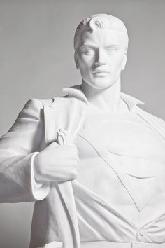 Modern Heroes Batman and Superman marble by Mauro Perucchetti 3