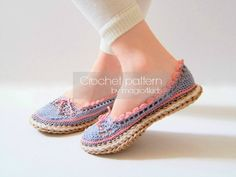 ******YOU CAN MAKE THESE WONDERFUL CROCHET SHOES ! *****  MAKE THESE SHOES FOR YOUR FAMILY YOUNG MEMBERS FOR THIS SPRING&SUMMER . WHAT A WONDERFUL GIFT ! THE JUTE ROPE SOLES ARE RIGID, FEELS LIKE REAL SOLES AND LAST LONGER THEN YARN SOLES. ALL MY PATTERNS ARE TESTED BY MYSELF FROM BEGINNING TO THE END!  ****************************************************************************** DIGITAL PATTERN FOR MAKING KIDS SHOES WITH ROPE SOLES…