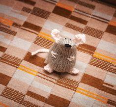 Amigurumi Mouse - FREE Knitting Pattern / Tutorial