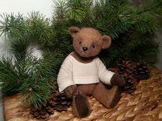 OOAK teddy bear  Freddie  26 cm 10.2 Artist by StorytellingBears