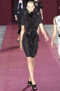Saint Laurent Spring 2006 Ready-to-Wear Fashion Show - Gemma Ward (IMG)