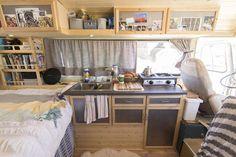 Camper van interior design and organization ideas (59)