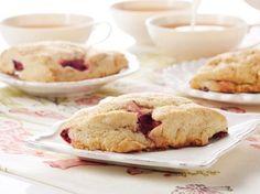 James Martin's Baked New York raspberry cheesecake recipe - goodtoknow