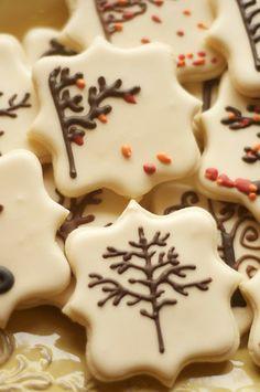 Fall cookies, tree cookies, tire swing cookies Sooner Sugar Cookies www.soonersugar.com