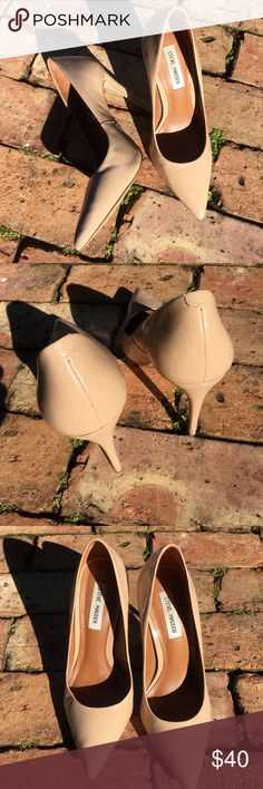 Nude Pointed Pumps Only worn a handful of times but selling bc they fit me a bit snug • Still plenty of life left in them Steve Madden Shoes Heels