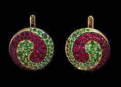 Mousson atelier, collection Caramel - Spiral, earrings, Yellow gold 750, Rubies, Tsavorites