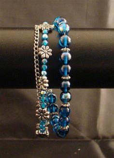 DIY Blauwe armband met bloemen ( Blue bracelet with flowers) Http://www.creashoplimburg.nl