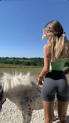 Body Inspiration, Fitness Inspiration, Summer Outfits, Cute Outfits, Gym Outfits, Summer Body, Aesthetic Clothes, Aesthetic Fashion, Perfect Body