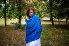 Dark blue colour woven scarf This women scarf comes from the Oaxaca region in Mexico. It is from natural materials, hand woven on the looms. Each piece is original. Woven Scarves, Dark Blue Color, Hand Weaving, Cover Up, Natural Materials, Household, Cotton, Mexico, Dresses