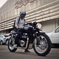 3Hƒ0®   #Jbiker   #Triumph Thruxton