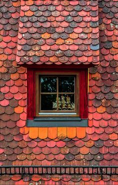 Roof, Rothenburg by Adventure Archive Colorado Old Windows, Windows And Doors, Dormer Windows, Ventana Windows, Roof Cleaning, Roof Tiles, Through The Window, Roof Design, House Design