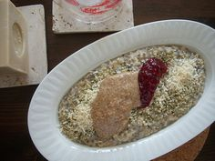 Hemp seed can be roughly ground and used to make porridge (Anthimeria)