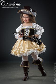 Купить или заказать Костюм разбойницы в интернет-магазине на Ярмарке Мастеров. Карнавальный костюм разбойницы для девочки комплектация: платье, шляпа, ремень сапоги продаются отдельно 134-146+300…
