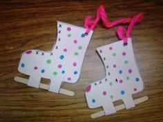 Ice skates favourite things winter crafts for kids, preschool crafts, pre. Winter Art Projects, Winter Crafts For Kids, Toddler Crafts, Preschool Crafts, Diy Crafts To Do, Arts And Crafts, Winter Thema, Mouse Crafts, Hello Winter
