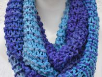 Loop Schlauchschal Schal blau meliert gestrickt
