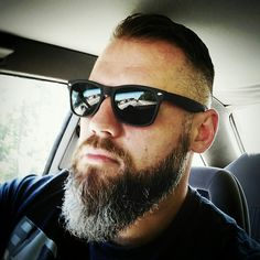 Broda. Beards. Barbershop Mens Facial, Facial Hair, Beard Styles For Men, Hair And Beard Styles, Beard Suit, Men Beard, Beard Game, Grey Beards, Perfect Beard