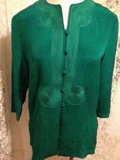 ADRIANNA PAPELL Womens Silk Blouse Emerald Green Embroidered Button Front Sz 10 #AdriannaPapell #Blouse #Career #silk #silkblouse #emeraldgreen #green #size10 #women #womens #woman