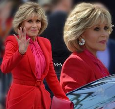 Jane Fonda - All For New Hairstyles Jane Fonda Hairstyles, Mom Hairstyles, Hairstyles Over 50, Short Hair With Layers, Layered Hair, Short Hair Cuts, Medium Hair Styles, Curly Hair Styles, Hc Hair