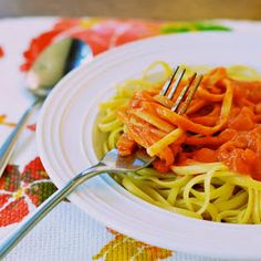 Virtually Homemade: Linguine with Creamy Tomato Goat Cheese Sauce
