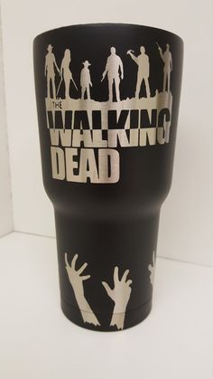 The Walking Dead 30 oz. powder coated tumbler by KerfeePowderCoating on Etsy The Walking Dead, Diy Tumblers, Custom Tumblers, Glitter Tumblers, Glitter Cups, Glitter Gifts, Vinyl Crafts, Vinyl Projects, Tumbler Cups