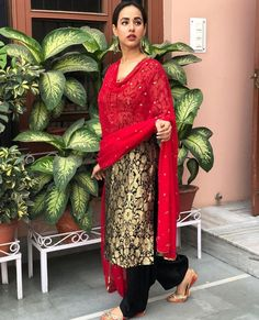 * Type: Unstitched * Top Fabric: Brocade * Top Inner Fabric: 2 M * Top Size: 2 M * Top Color: Black * Bottom: Unstitched * Bottom Fabric: Santoon * Bottom Size: 2 M * Bottom Color : Black * Dupatta Fabric: Georgette * Dupatta Color: Red, L Brocade Suits, Brocade Dresses, Brocade Fabric, Latest Salwar Kameez Designs, Kurta Designs, Pakistani Outfits, Indian Outfits, Indian Clothes, Simple Dresses