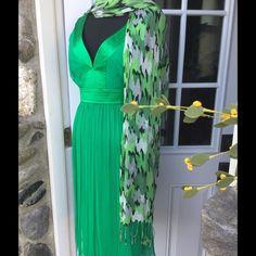 Silk CRAYOLA Green Dress Sleeveless CRAYOLA Green silk dress lined. MAGGY LONDON PETITES. Wore 1 time to my daughters wedding 4 years ago. Beautiful Green. 14 MAGGY LONDON PETITES Dresses