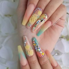flower nail art design is popular with many women. There are more and more excellent flower nail effects in people's eyes. Perhaps because flowers have a distinct three-dimensional sense, flowers account for 3d Acrylic Nails, Acrylic Nail Designs, Nail Art Designs, Matt Nails, Gorgeous Nails, Pretty Nails, 3d Flower Nails, Nail Effects, Nail Polish