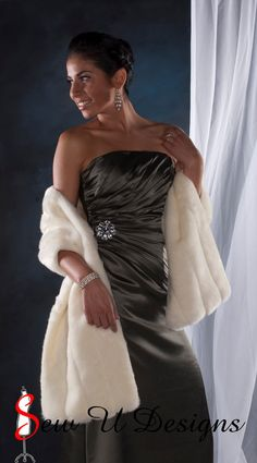 WANT THE WHOLE OUTFIT!! This Etsy seller makes beautiful fur wraps!