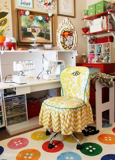 Bright and Eclectic Sewing and Craft Room | Positively Splendid {Crafts, Sewing, Recipes and Home Decor}