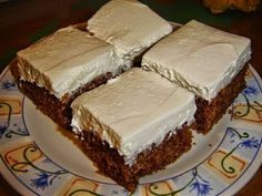 MOKRI KOLAČ: Toliko jednostavan i sočan da ćete ga poželjeti svaki dan Gourmet Recipes, Sweet Recipes, Dessert Recipes, Cooking Recipes, Fudge Cake, Pie Cake, Bosnian Recipes, Kolaci I Torte, Torte Recepti