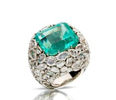 A one of a kind, Pomellato Limited Edition ring from the POM POM collection set with a beautiful , faceted, square emerald and flat rose cut diamonds. Available exclusively at Pomellato at the Bal Harbor Shops in Miami Fla. Fall Jewelry, I Love Jewelry, High Jewelry, Jewelry Box, Jewelry Accessories, Summer Jewelry, Pomellato, Fantasy Jewelry, Fashion Moda