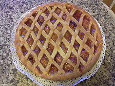 Ricetta crostata con il piatto crisp del microonde; per fare la crostata al microonde è necessario un forno a microonde che abbia il piatto crisp.