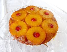 Pineapple Upside Down Cake (and it's vegan)! I'll DEFINITELY try this!