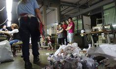 Pirataria, prostituição e evasão fiscal: chineses levaram da Itália € 4,5 bi em 4 anos. http://glo.bo/1HQmOVE