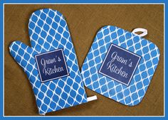 Mothers Day Gifts for Grandmothers Personalized Oven Mitt