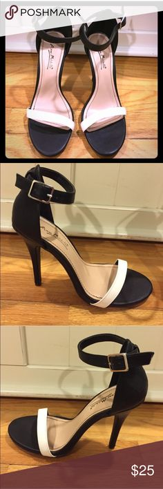 NWOT Black & White strappy sandal pumps, size 7.5 Chic and adorable black and white heeled sandals, never worn! They'd be perfect with trousers or dress for a sleek looking night out! They're new without tags (forgot they were in the back of my closet)! All man made materials, faux leather. They are size 7.5! Anne Michelle Shoes Heels