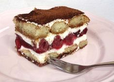 Desať dezertov s mascarpone pre víkendovú pohodu - Žena SME No Bake Desserts, Dessert Recipes, Dessert Ideas, Czech Recipes, Ethnic Recipes, Tiramisu, Sweet Recipes, Food And Drink, Biscuit